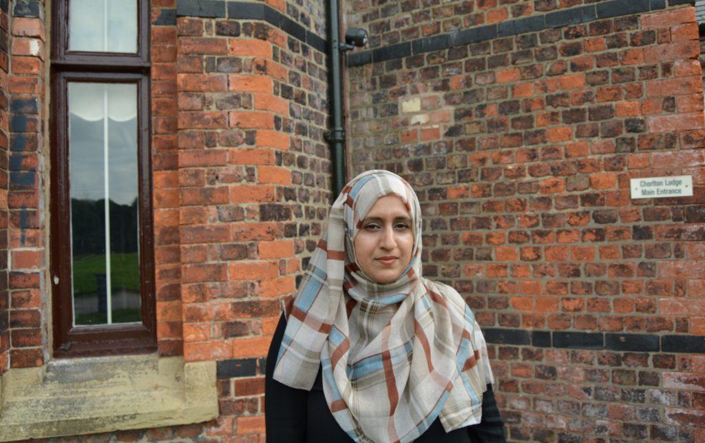 check-hijab-beige